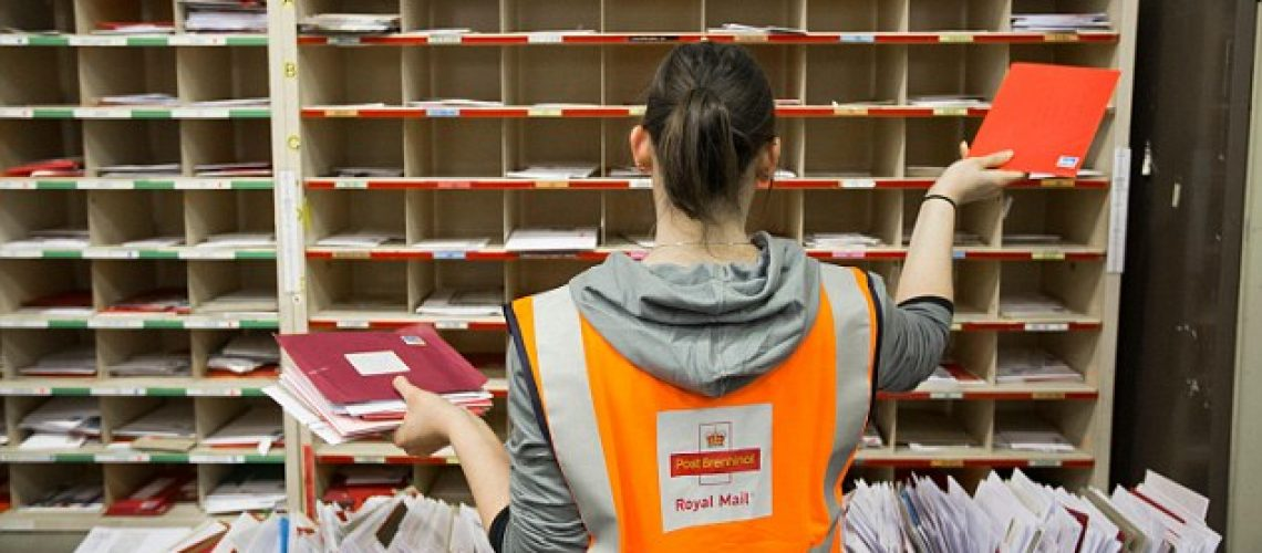 Royal Mail to Allow Customers to Post Stamped Parcels at Delivery Offices